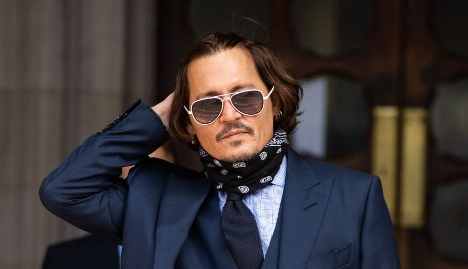 Johnny Depp Biography, Wife, Boyfriend, Age, Height & More